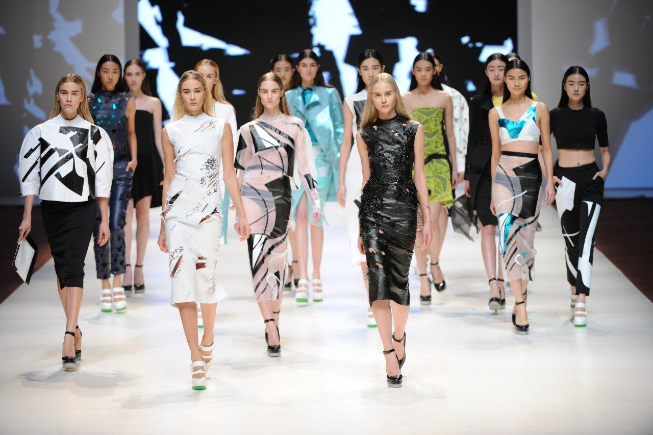 Honq Konq moda geyimləri